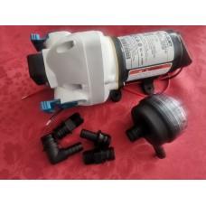 Vodna črpalka membranska FloJet Triplex za avtodom ali plovilo pretok 11l/min, 12v, tlačno stikalo, prost prehod