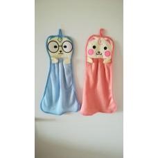 Otroške brisačke za roke v modri in roza barvi